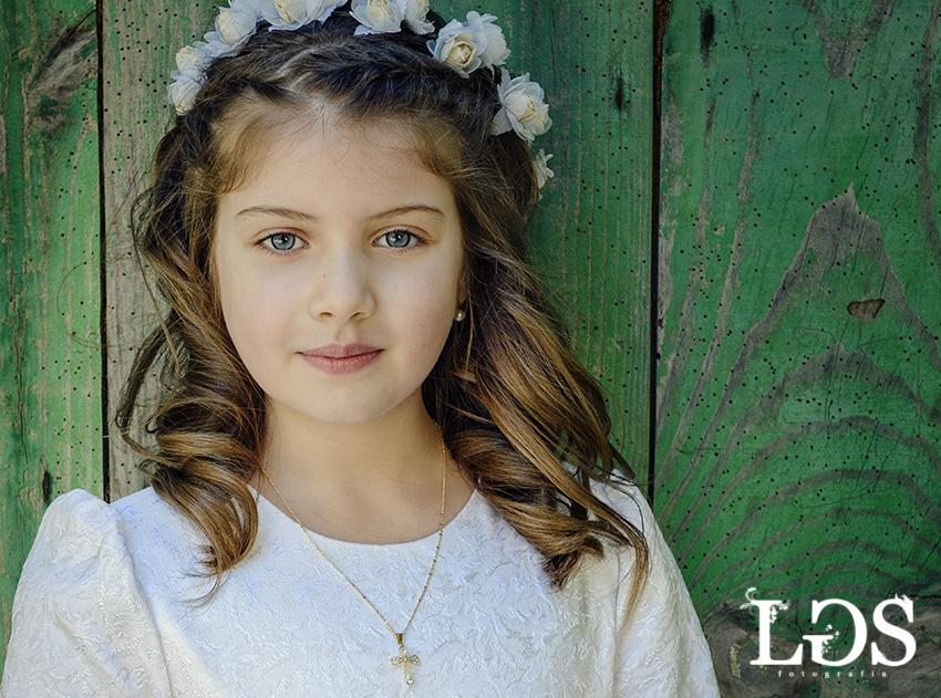 Lucia-fotos-de-comuniones-en-cornellá-josé-luis-lagares-fotógrafo
